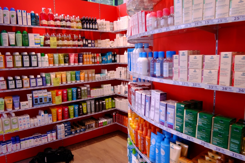 L.A Pharmacie Asseman044.jpg