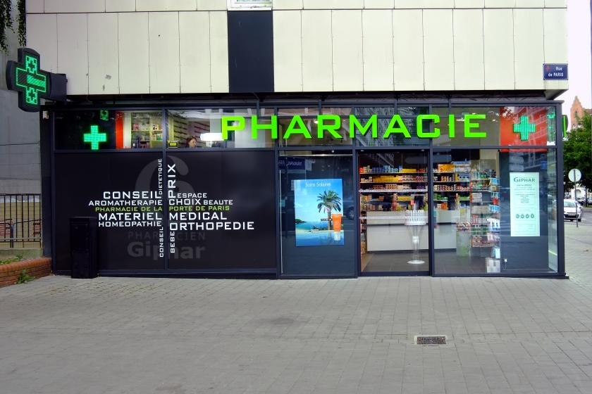 L.A Pharmacie Asseman054.jpg